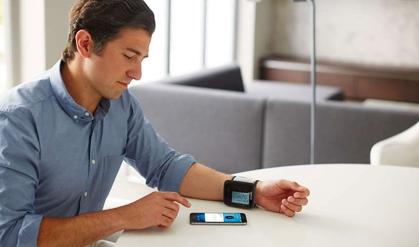 Philips-Connected-Wrist-Blood-Pressure-Monitor